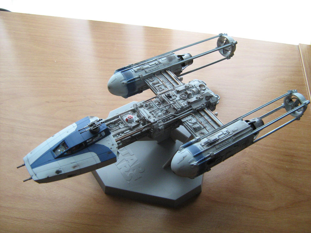 1/72 Fine Molds Y-wing by Defibulator