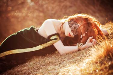 Shoot my beauty II by Luthiae