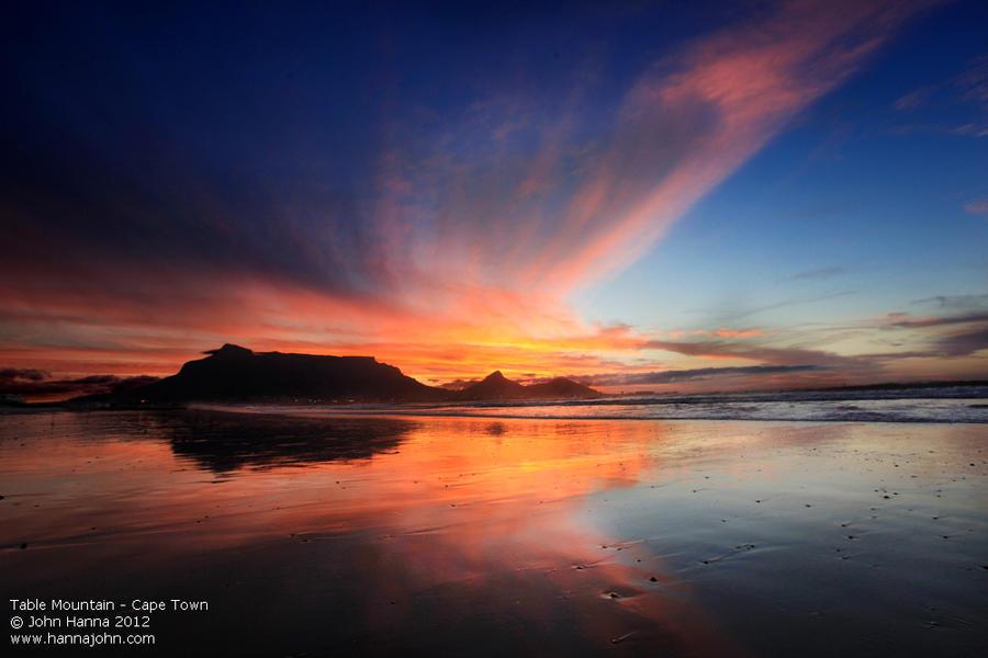 Table Mountain by hannajohn