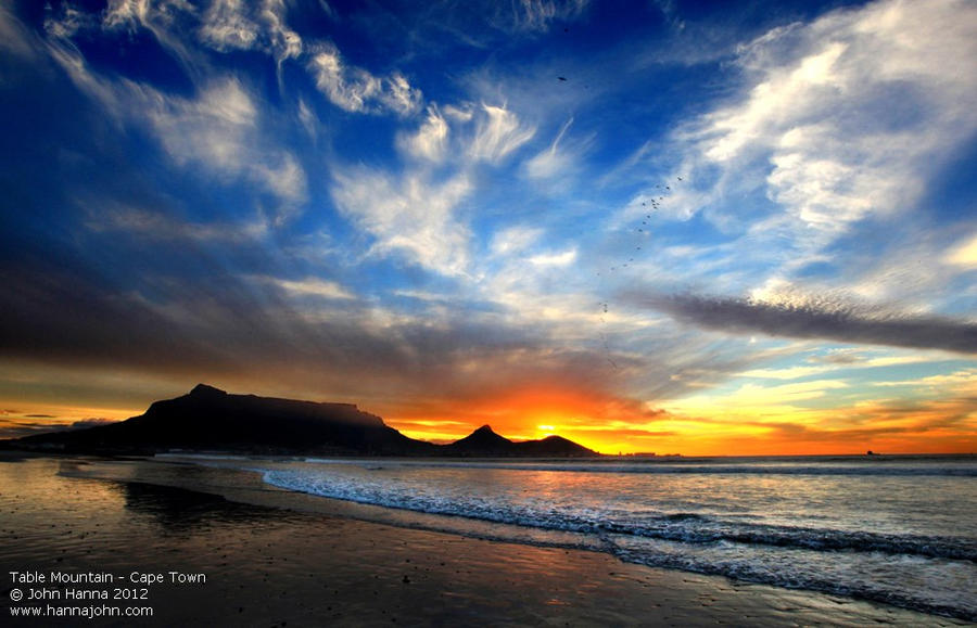 Sunset @ Table Mountain by hannajohn