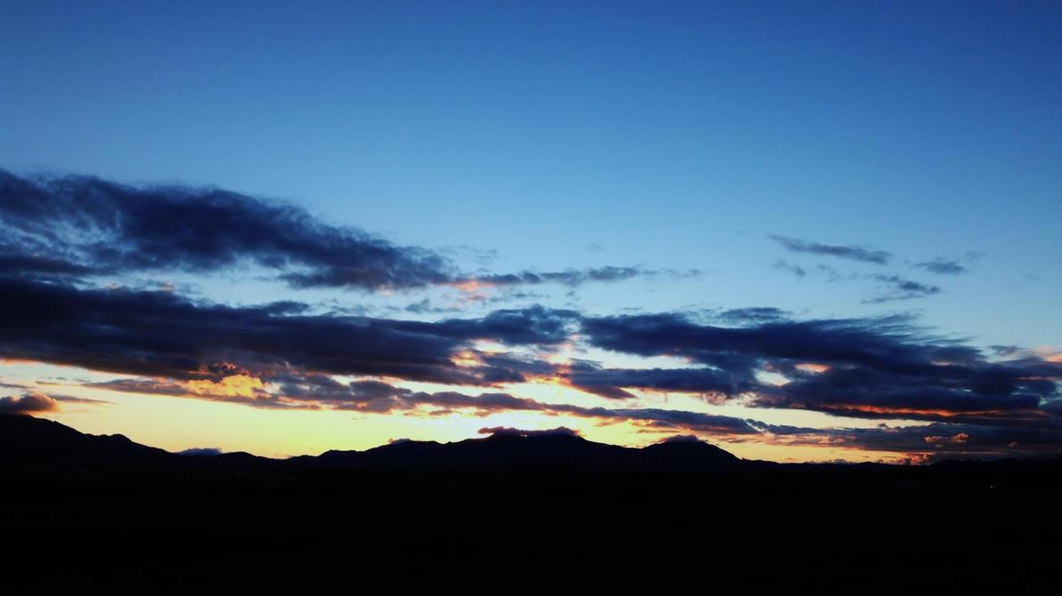 Dark Sunset by AthenaIce