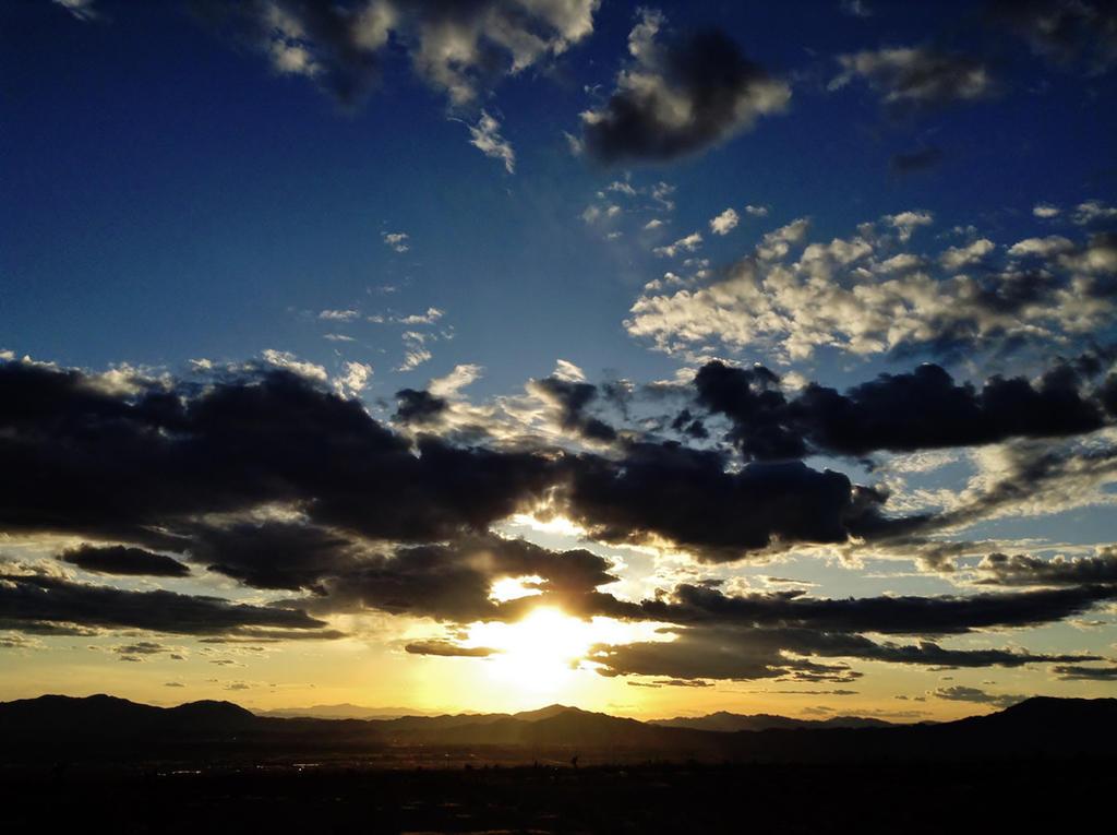 Sunset by AthenaIce
