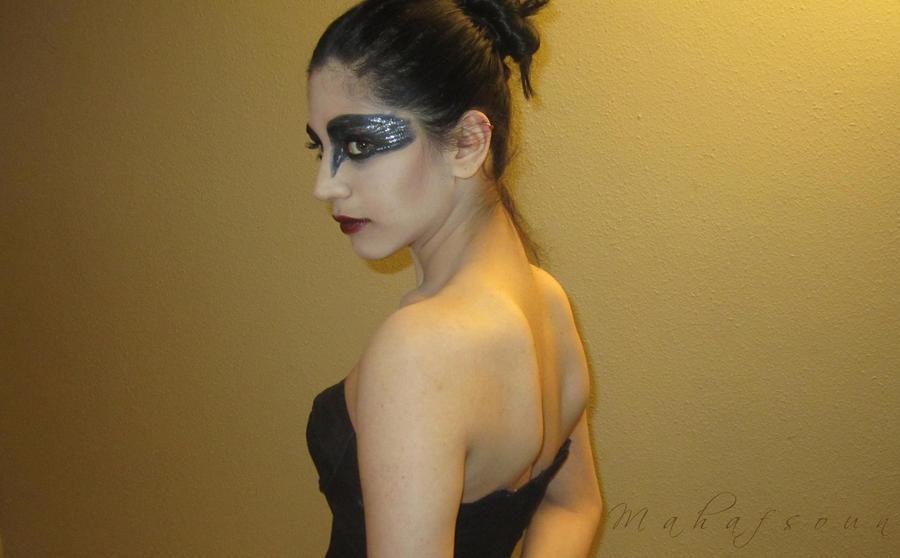 Black Swan 4 by Mahafsoun