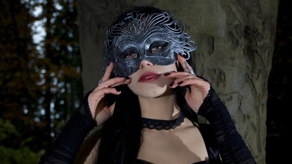 صور بنات ترتدي الاقنعة HD,صور بنات Mask للتصاميم 2016 Unspoken_secrets_by_mahafsoun-d5m70b1