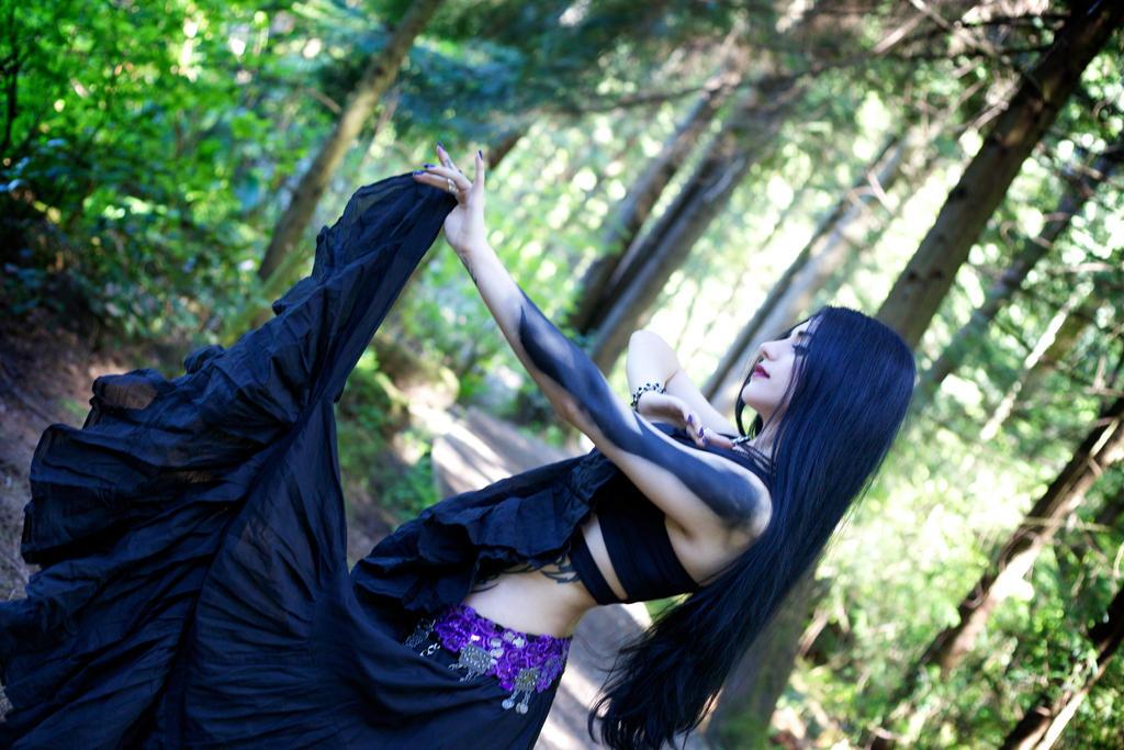 Dark Dancer by Mahafsoun
