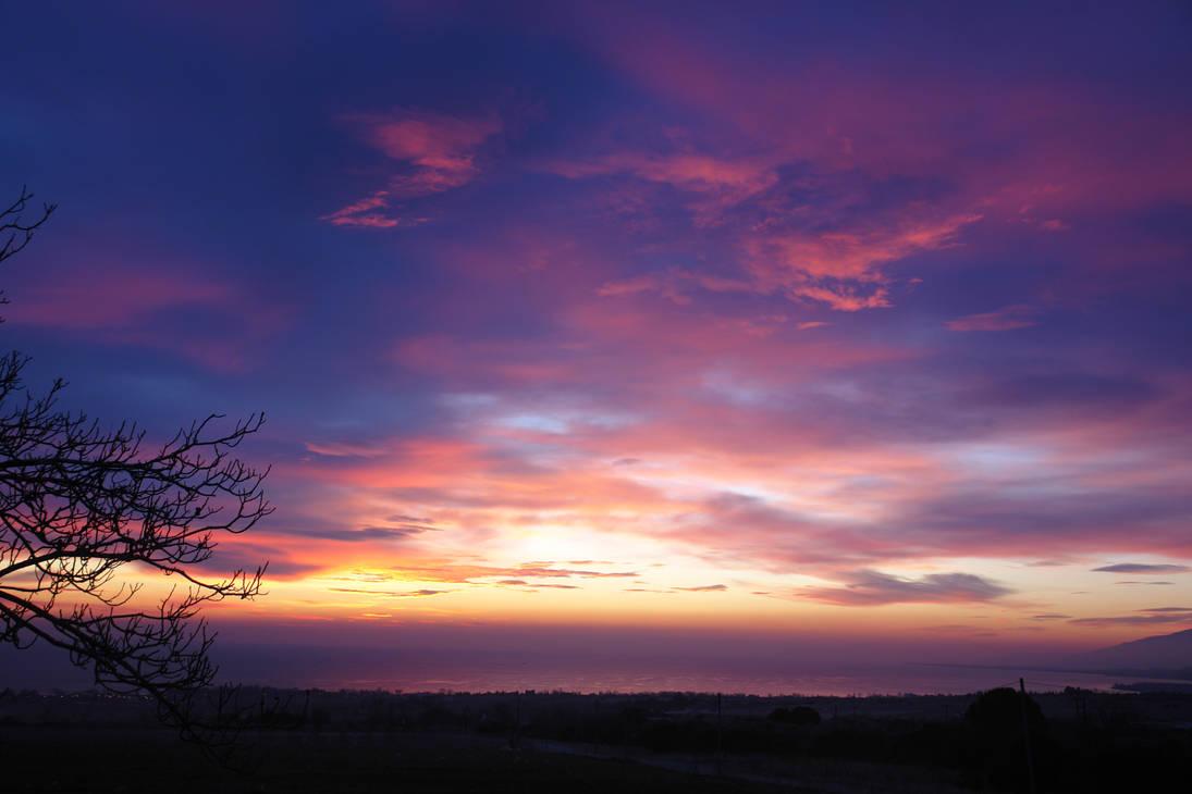 Evening sky by AsiMakri