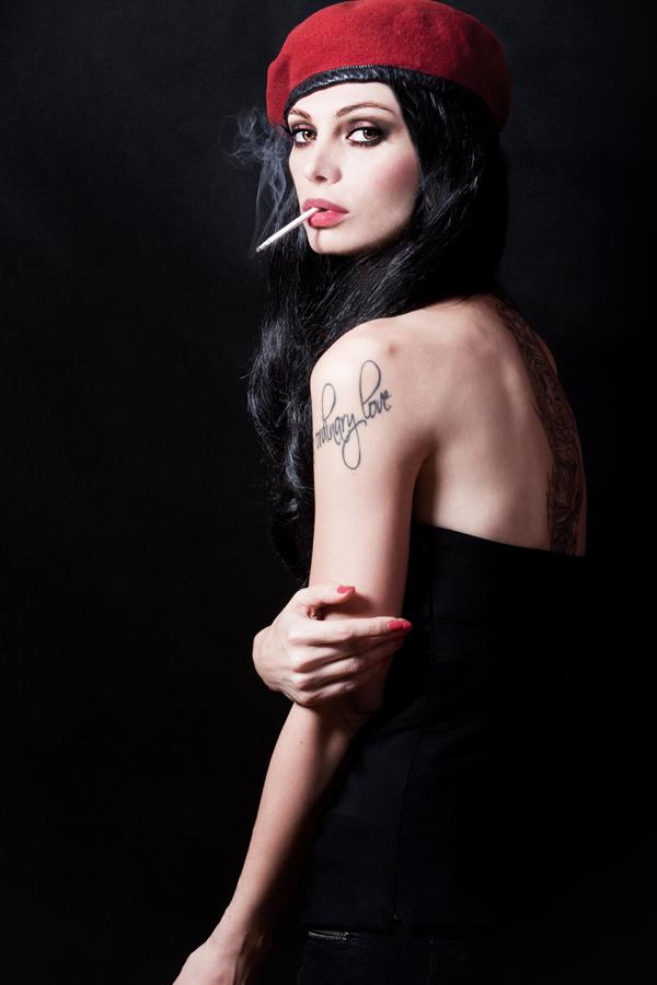 hellwoman's Profile Picture