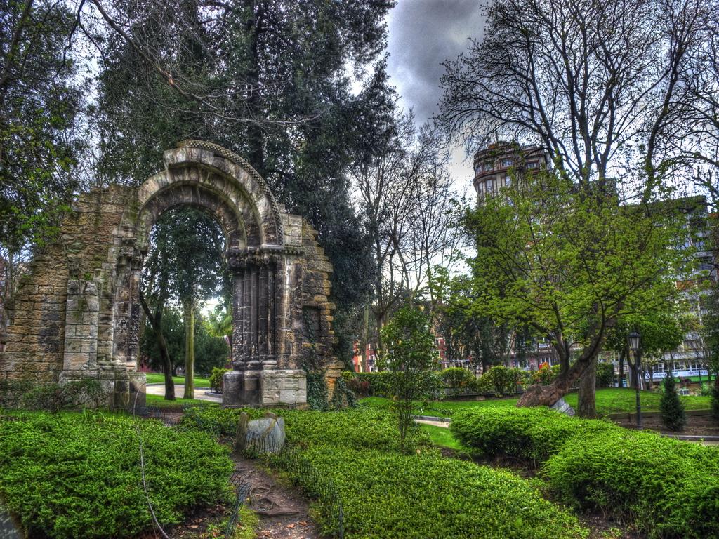 Campo de San Francisco. Oviedo by francisco69 on DeviantArt