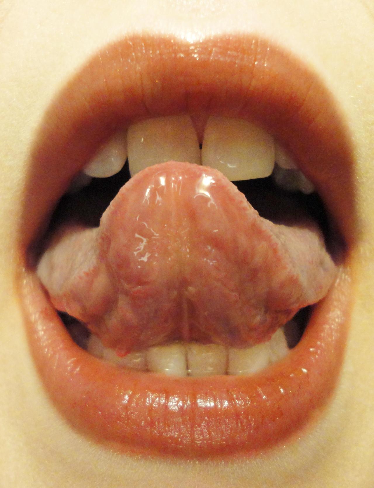 Lip Study: Tongue by PeacefulSeraph on DeviantArt