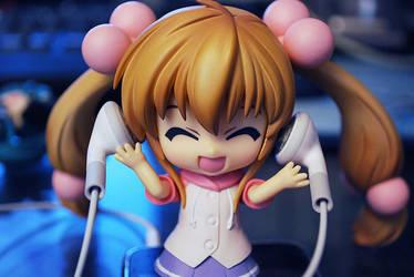 Rin with earphones by yukihana5