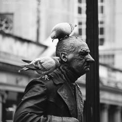 'Ere, Peck 'Is Ear... by Earth-Hart