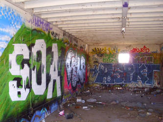 walls by fmgecko