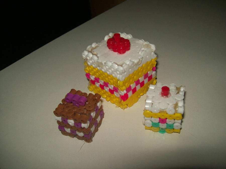 Cake 3 D Bead Sprites By Elphieofkiamoko On Deviantart