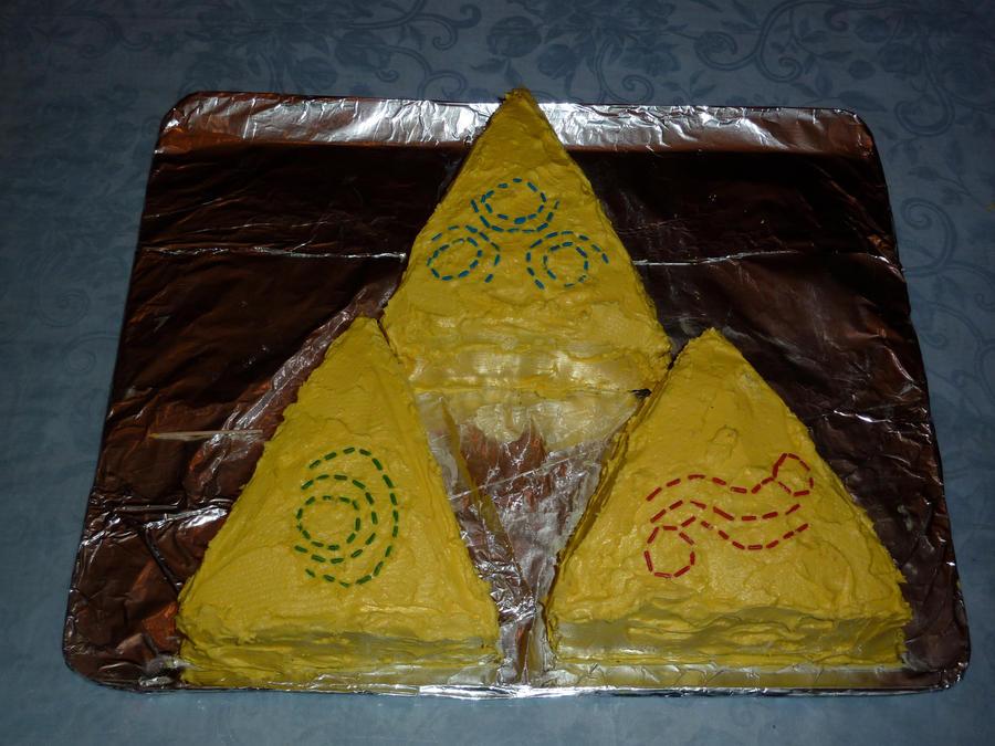 Triforce Cake by D3RPMUFF1N