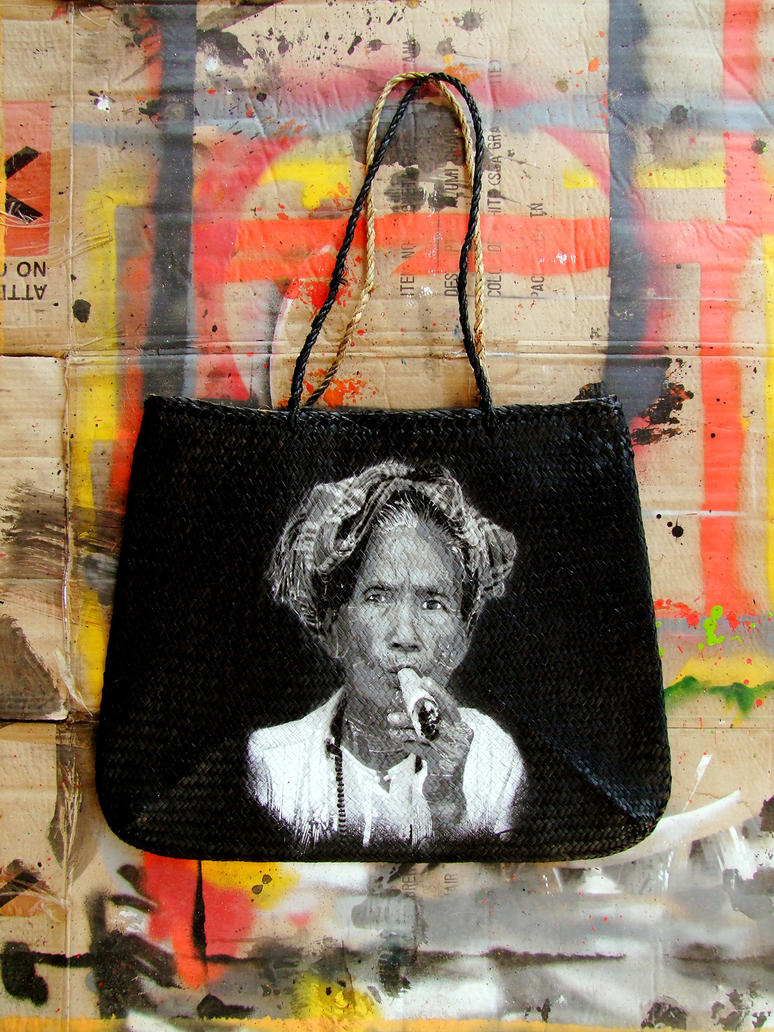 NO CLUE stencil bag by destroytrash