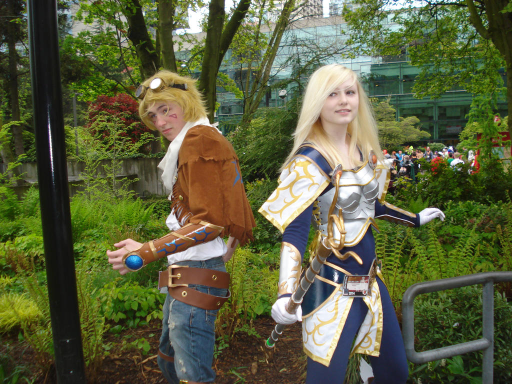 ezreal dating lux