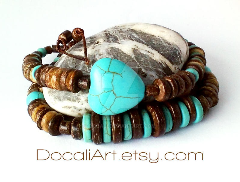 Turquoise heart bracelet Coconut shell bracelet by Docali