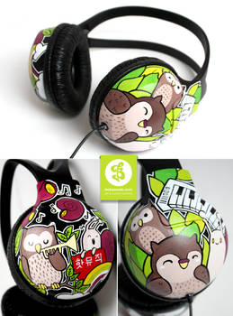 Owls and Snails Headphones