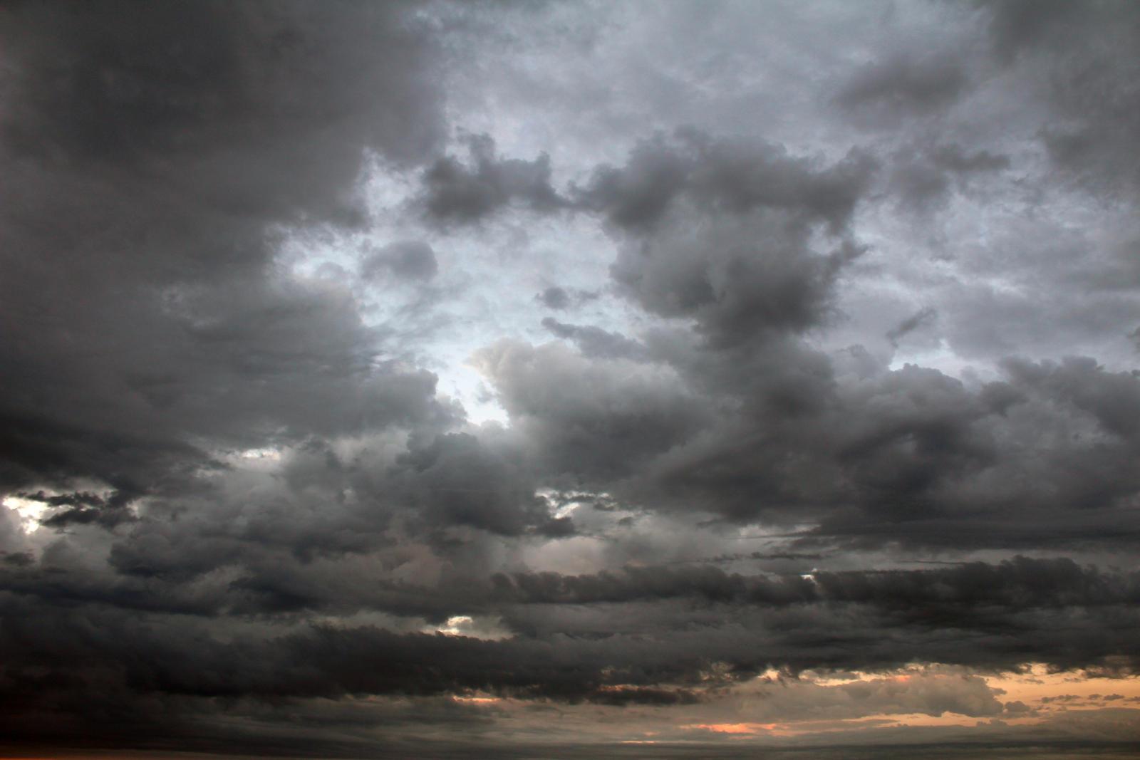 Cloudy sky dawn 2017-07-01 (6)
