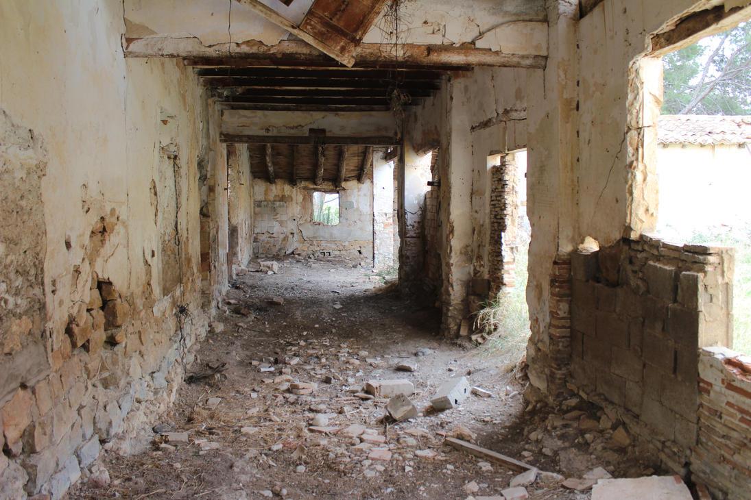Ferriol Abandoned house 7 by Julianez