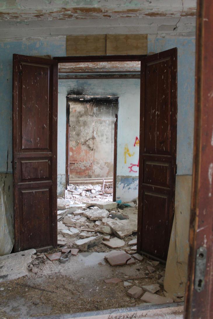 Ferriol Abandoned house 15 by Julianez