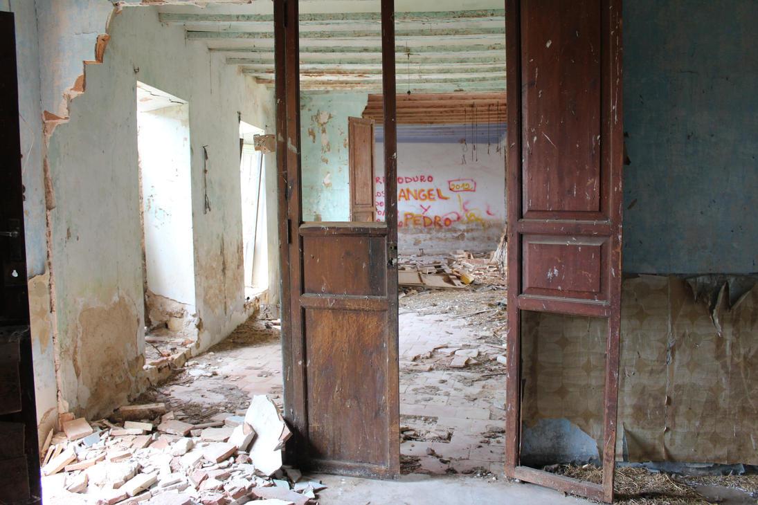 Ferriol Abandoned house 16 by Julianez