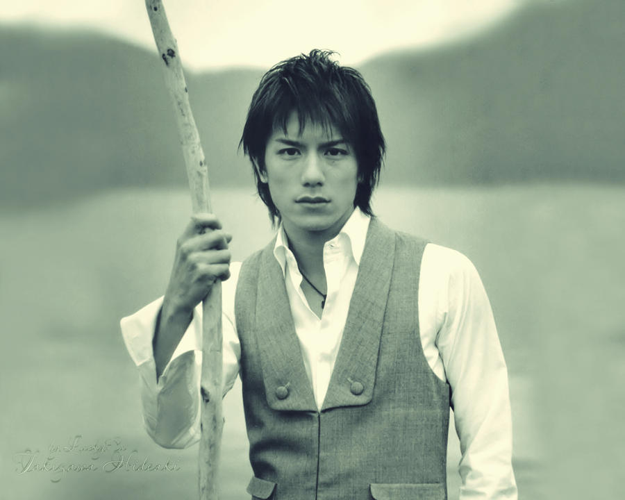 http://fc05.deviantart.net/fs71/i/2010/142/1/f/Takizawa_Hideaki_by_LuckyCu.jpg