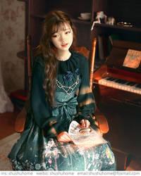 lolita by ShuShuhome