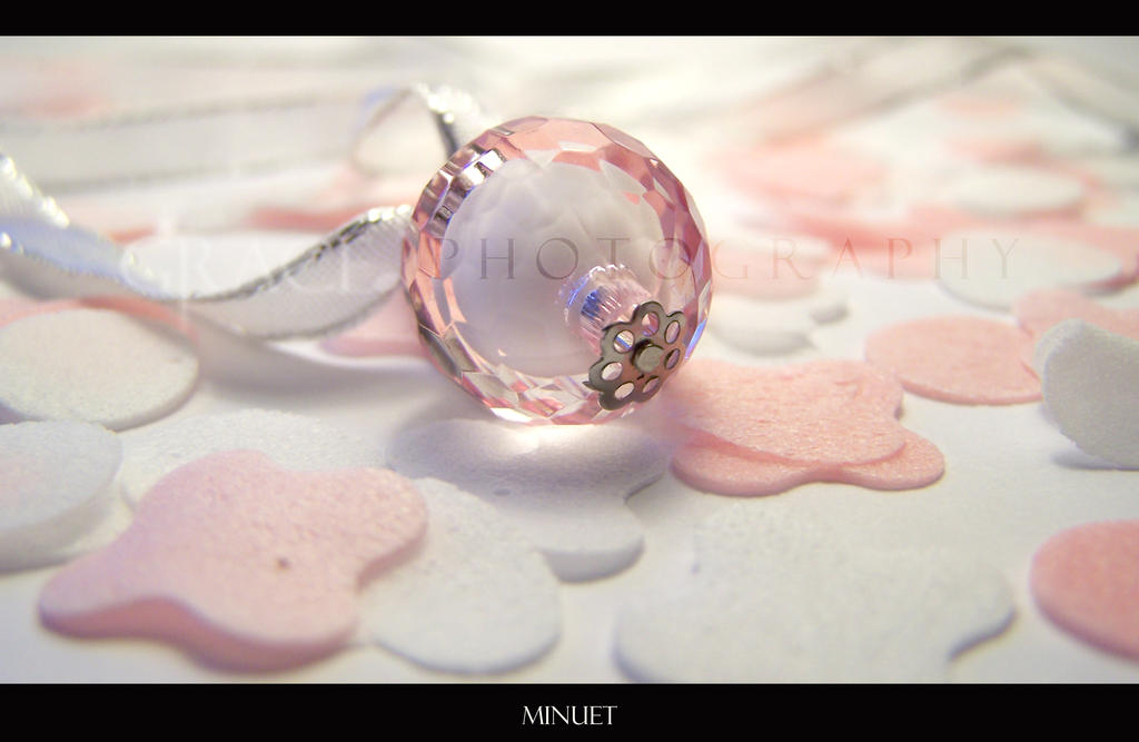 Minuet by grace-note