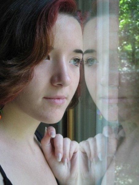 Apalume (Amy Edwards)