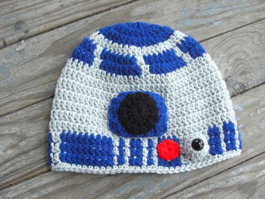 R2D2 Crochet Hat by TheCrochetDragon on DeviantArt