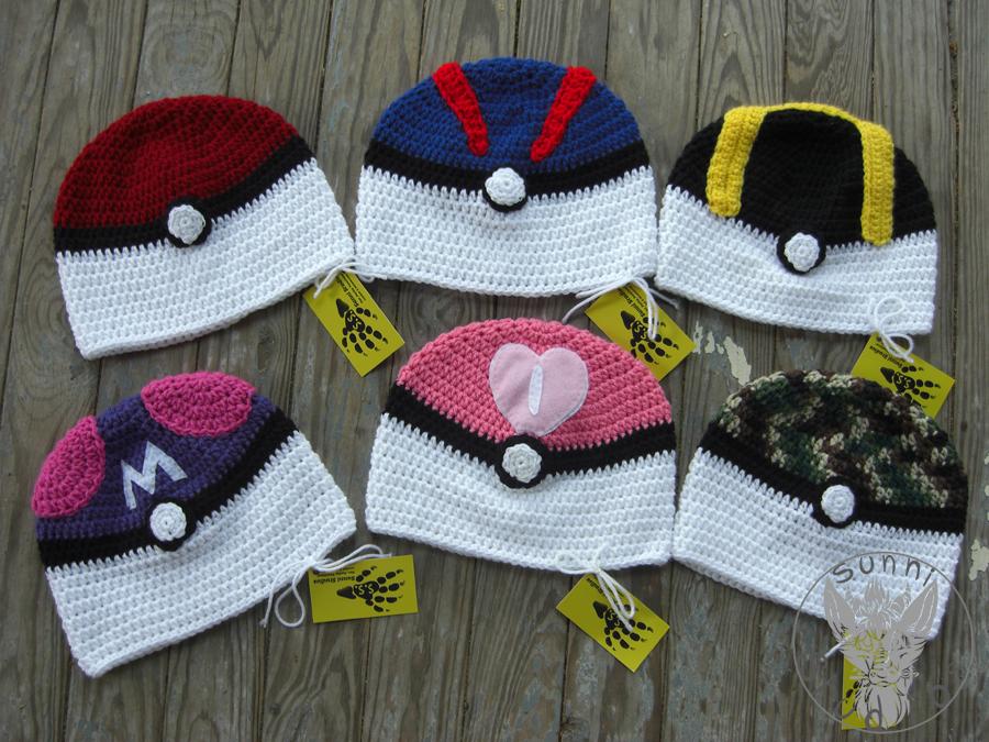 Pokeball Hats by TheCrochetDragon