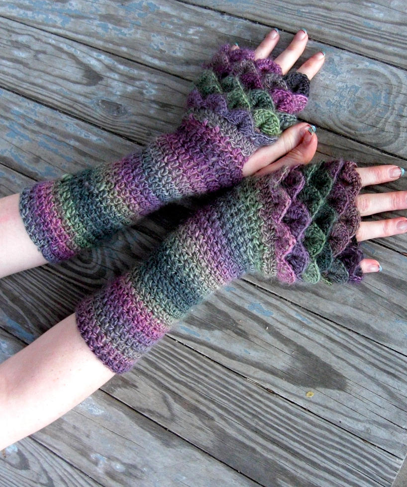 Dragon Gloves Knitting Pattern : Dragonscale Gloves by TheCrochetDragon on DeviantArt