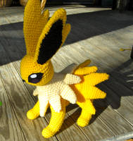 Crochet Jolteon by TheCrochetDragon