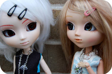Eden and Romie by sunnybunny09