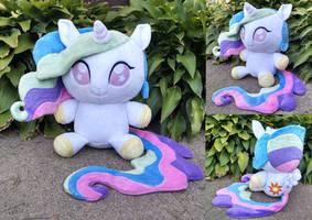 Princess Celestia Floppy plush by Bakufoon