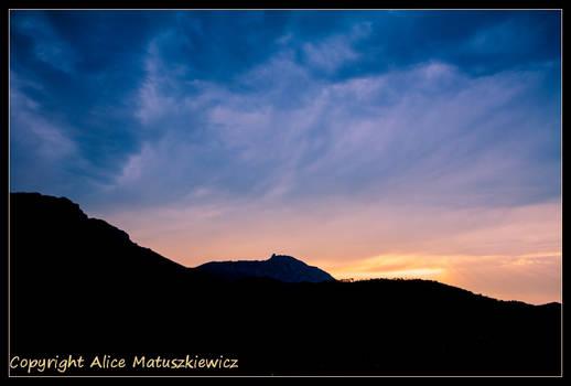 Queribus Sunrise II