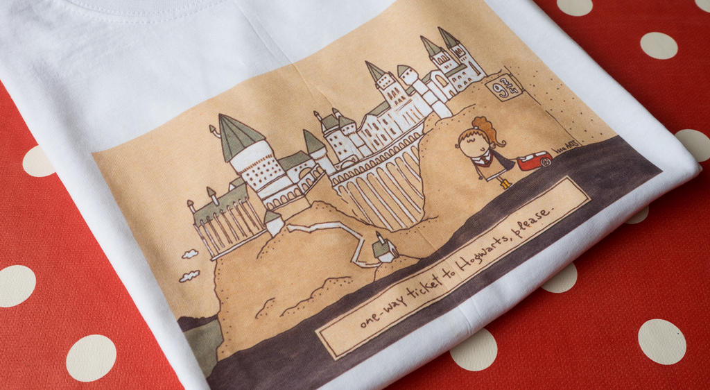 Hogwarts t-shirt, print details by IssaArts