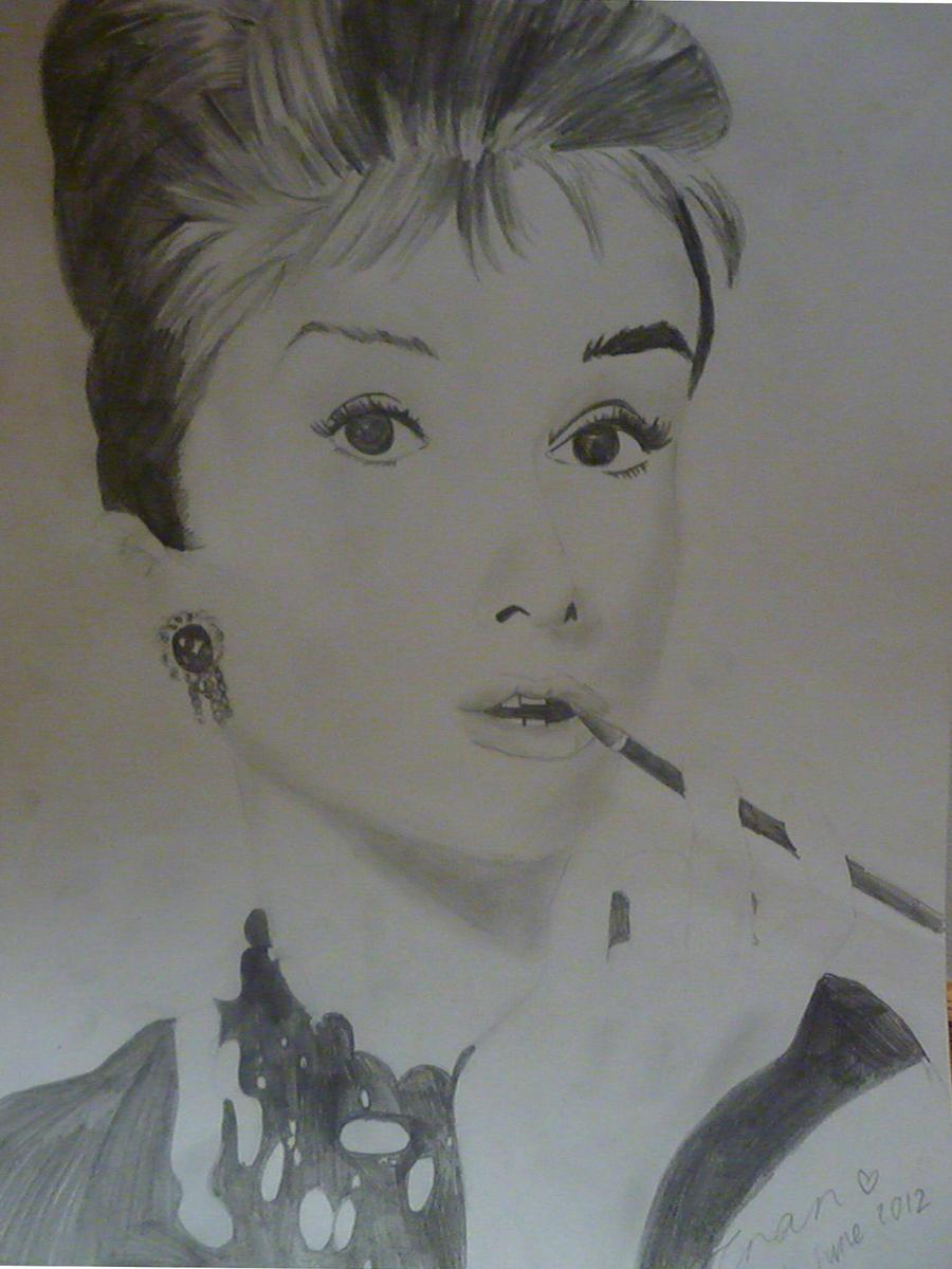 Audrey Ross Cake Artist : Audrey Hepburn (fail) by TraceyLikesCake on deviantART