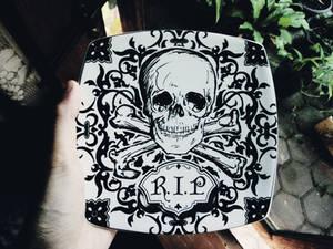 Halloween plate?
