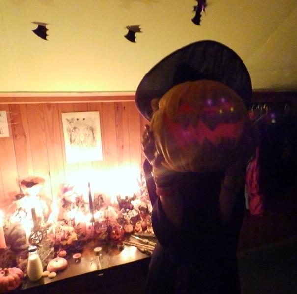 Samhain Fun - Profile Photo by Wilhelmine