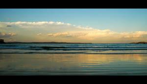 Wimbie Beach by DPasschier