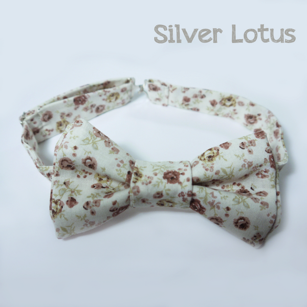 Dusty rose floral bow tie by Idzit