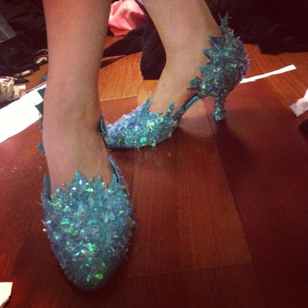 elsa shoes by ashlynnedaecosplay on deviantart