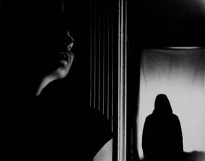 Noir: Quiet by bagelwhore