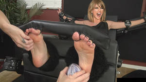 Taylor Swift Tickled Again (Fake)