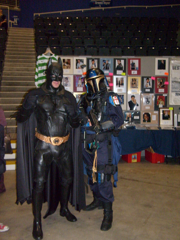 Mandalorian and Batman by cocojedi