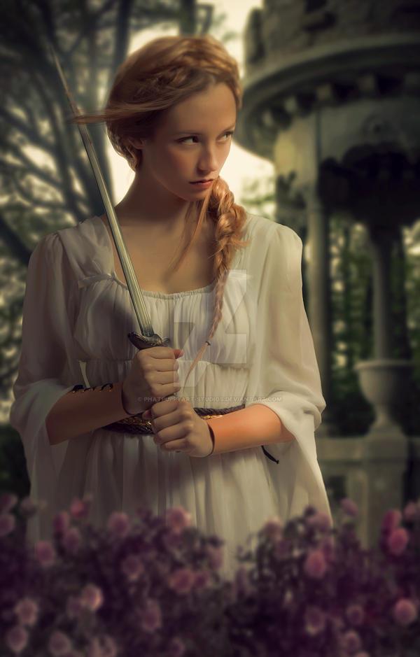 Lady Gwyneth by Phatpuppyart-Studios