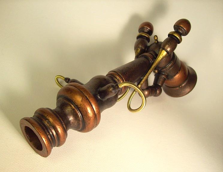 Steampunk Old Vic Ray Gun by buildersstudio
