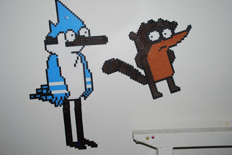 Mordecai and Rigby by LobotomyByMia on DeviantArt  Minecraft Pixel Art Regular Show